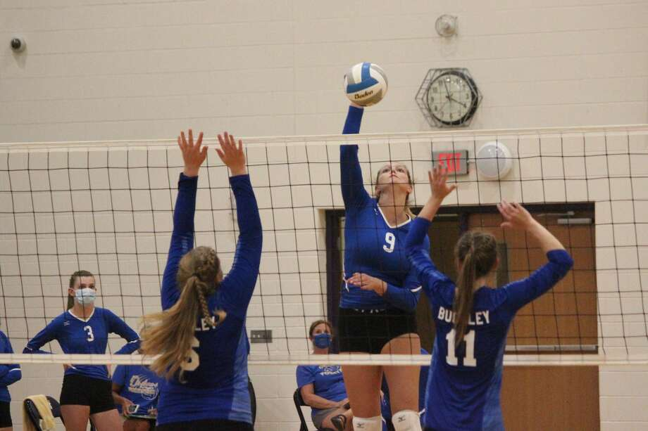 The Onekama Portagers open their volleyball season with matches against Charlevoix and Buckley at the Frankfort Invitational on Aug. 25. Photo: Robert Myers