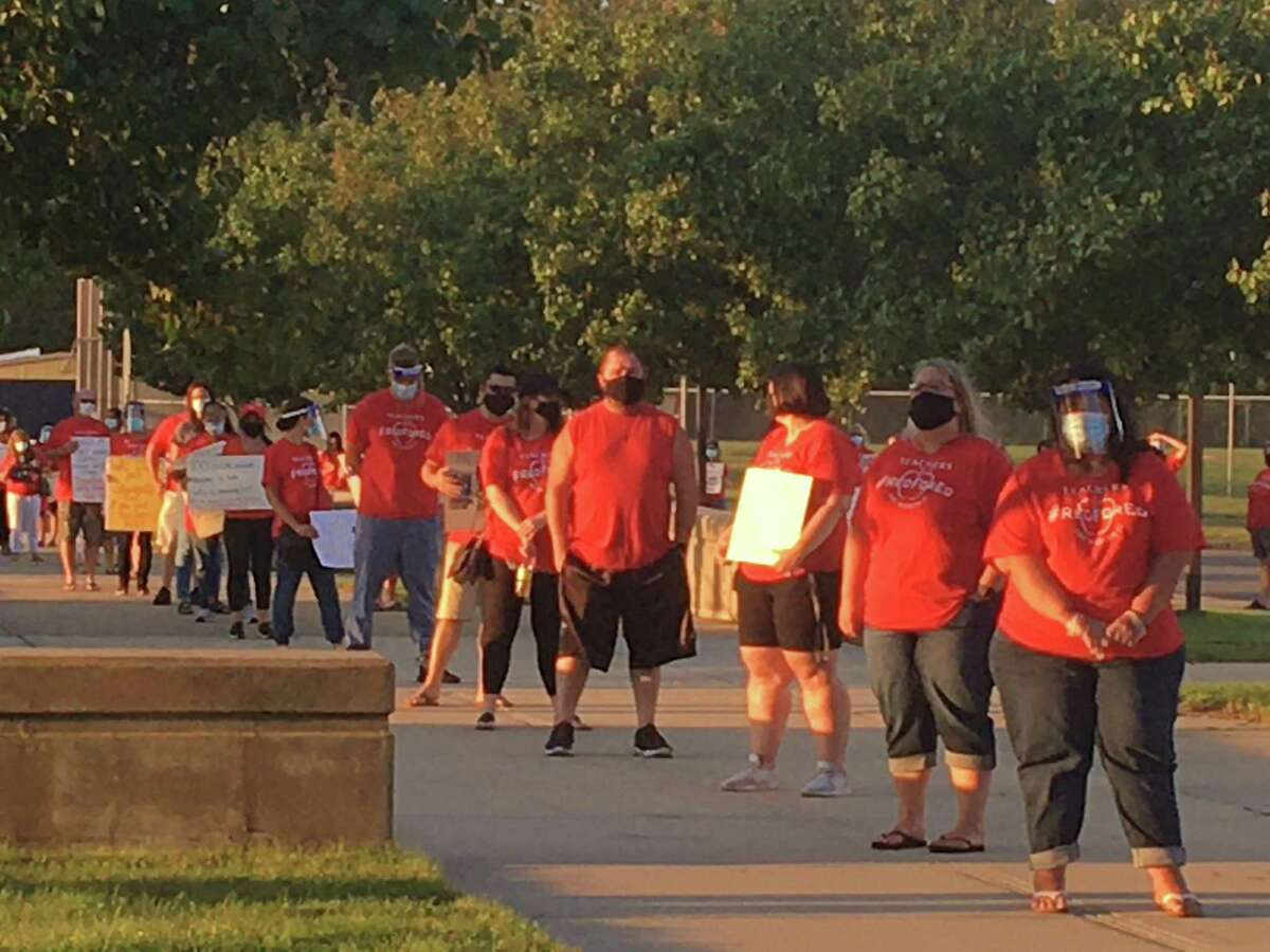 The East Haven Education Association, the union for more than 260 East Haven public school teachers, presented the Board of Education with petitions signed by more than 800 people at a regular BOE meeting at East Haven High School.