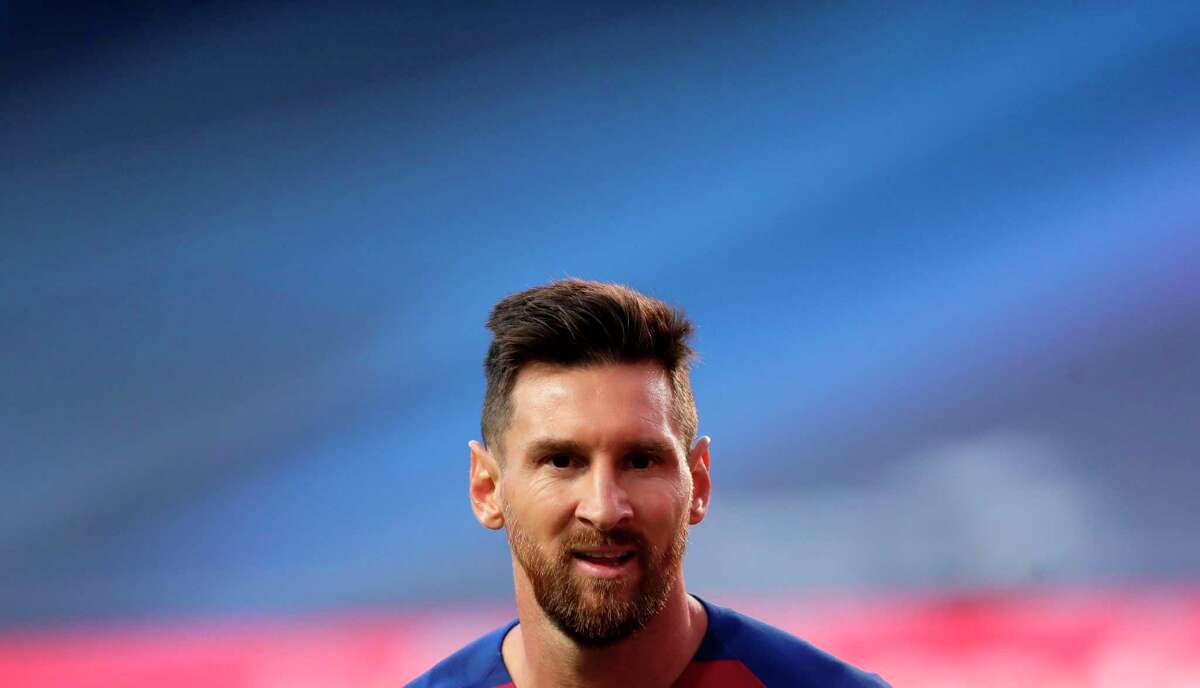 Barcelona's Argentinian forward Lionel Messi reacts during the UEFA Champions League quarter-final football match between Barcelona and Bayern Munich at the Luz stadium in Lisbon on August 14, 2020. (Photo by Manu Fernandez / POOL / AFP) (Photo by MANU FERNANDEZ/POOL/AFP via Getty Images)