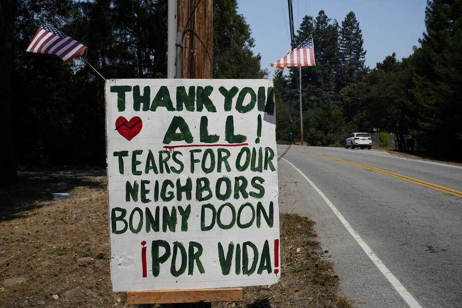 A thank you sign is posted along Empire Grade Rd. Tuesday, Aug. 25, 2020, in Bonny Doon, Calif., after the the CZU August Lightning Complex Fire passed by. Photo: Marcio Jose Sanchez/Associated Press / Copyright 2020 The Associated Press. All rights reserved.