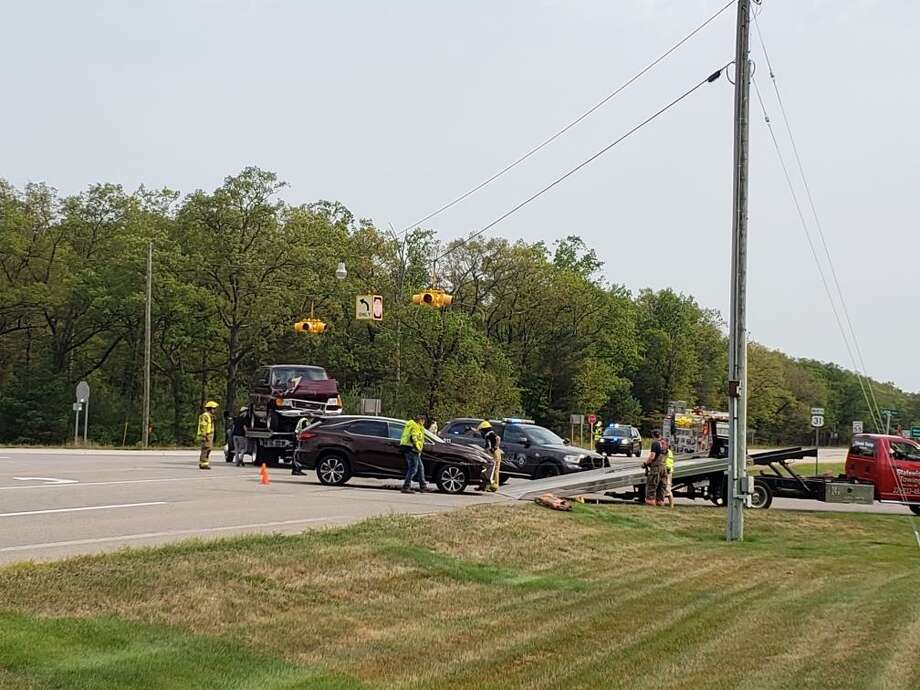 A three-vehicle crash took place on U.S. 31 near M-22 around 10:45 a.m. today. Photo: Arielle Breen/News Advocate