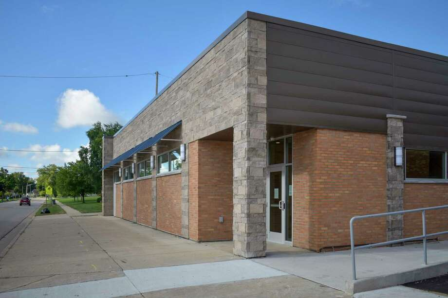 The clinic's lower level entrance is located on South Huron Avenue and can be accessed from the First Street parking lot through an alley between the clinic and the hospital's extended care ward. (Paige Withey/Huron Daily Tribune)