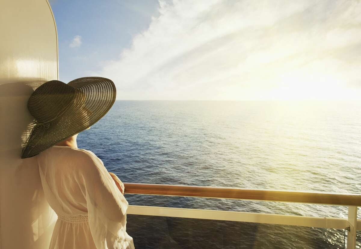 From scenic Alaska cruises to sun-filled Caribbean getaways, we've rounded up the best cruise deals this holiday season.