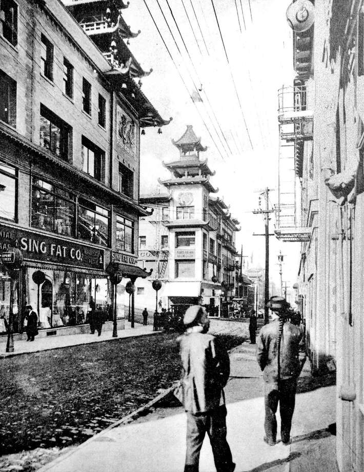 1913: A historic photo of San Francisco's Chinatown after it was rebuilt in the wake of the 1906 Earthquake and fires. Photo: The Chronicle 1913