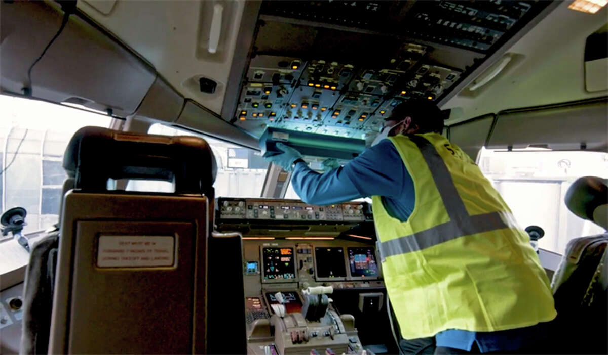 United's UV-C lights permit easy disinfecting of sensitive electronics in aircraft flight decks.