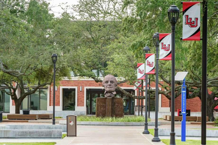 Lamar University quad on the campus in Beaumont, TX. Photo made on July 16, 2020. Fran Ruchalski/The Enterprise Photo: Fran Ruchalski, The Enterprise / The Enterprise / © 2020 The Beaumont Enterprise