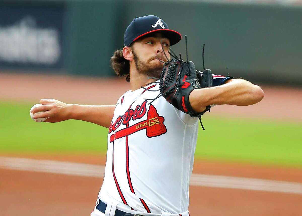 ATLANTA, GA - AUGUST 25: Ian Anderson #48 of the Atlanta Braves delivers the pitch in the first inning of game one of the MLB doubleheader against the New York Yankees at Truist Park on August 26, 2020 in Atlanta, Georgia.