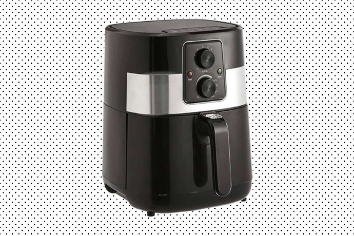 AmazonBasics 3.2 Quart Compact Multi-Functional Air Fryer, $38.99 on Woot