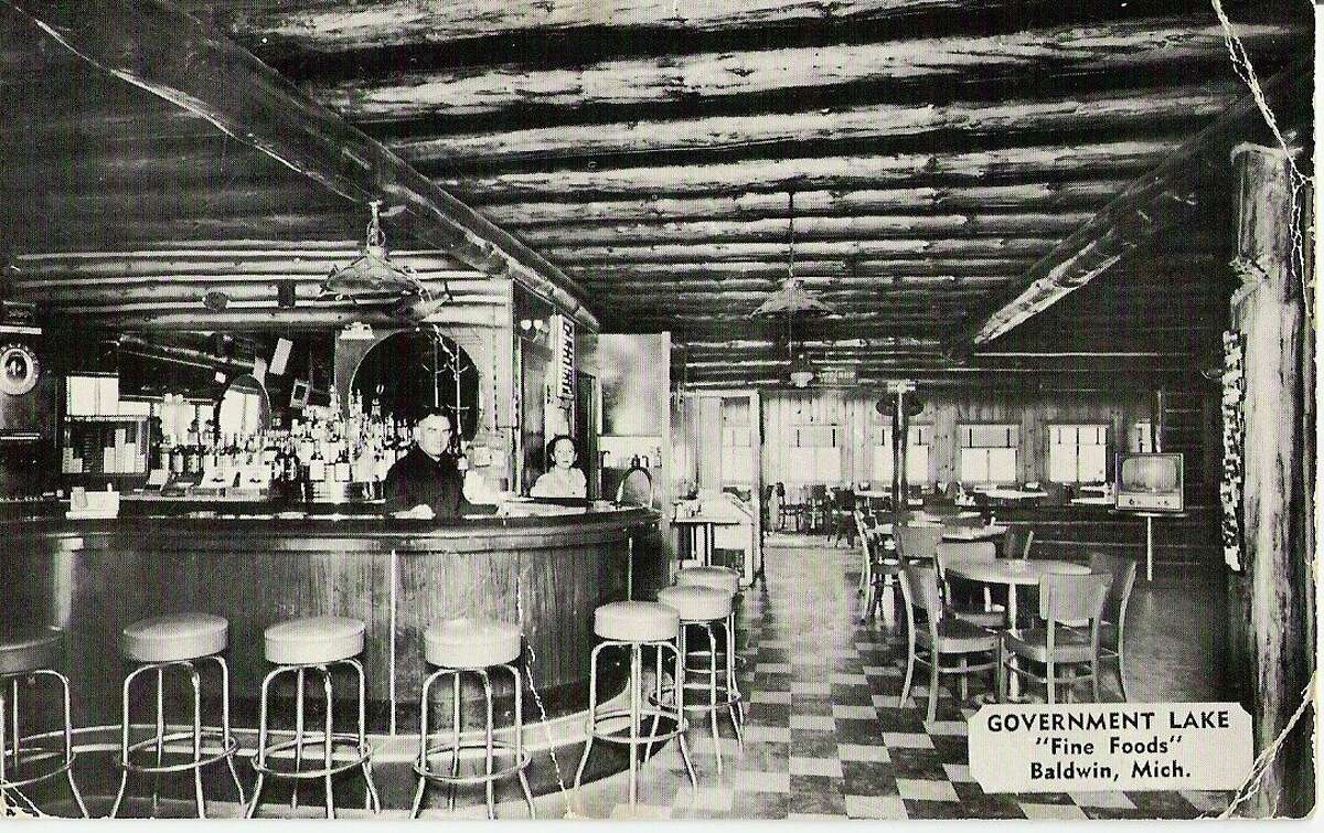 Inside the main building at Government Lake Park, patrons were treated to a good meal, a good drink and good conversation, as well as a view of the lake. (Courtesy photo/Lake County Historical Society)