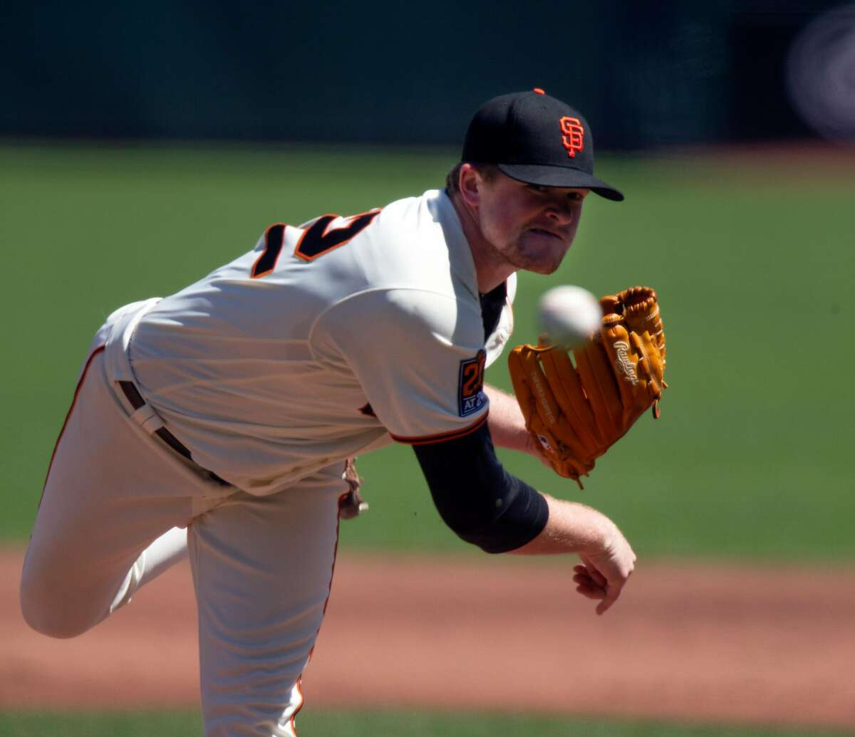 San Francisco Giants starting pitcher Logan Webb (62) delivers a pitch against the Los Angeles Dodgers during the second inning of a baseball game on Thursday, Aug. 27, 2020 in San Francisco, Calif.