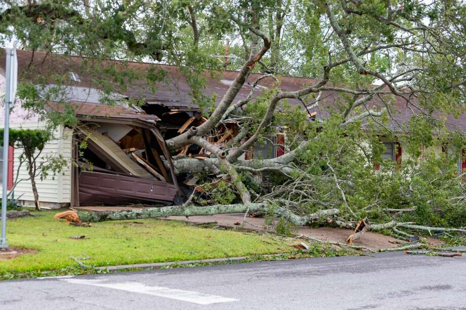 While not as much as predicted, Hurricane Laura had a big impact on Southeast Texas. Photo made on August 27, 2020. Fran Ruchalski/The Enterprise Photo: Fran Ruchalski/The Enterprise / ? 2020 The Beaumont Enterprise