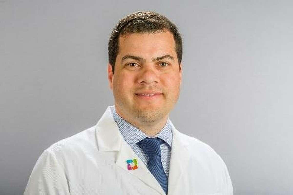 Dr. Lucas Meira-Benchaya