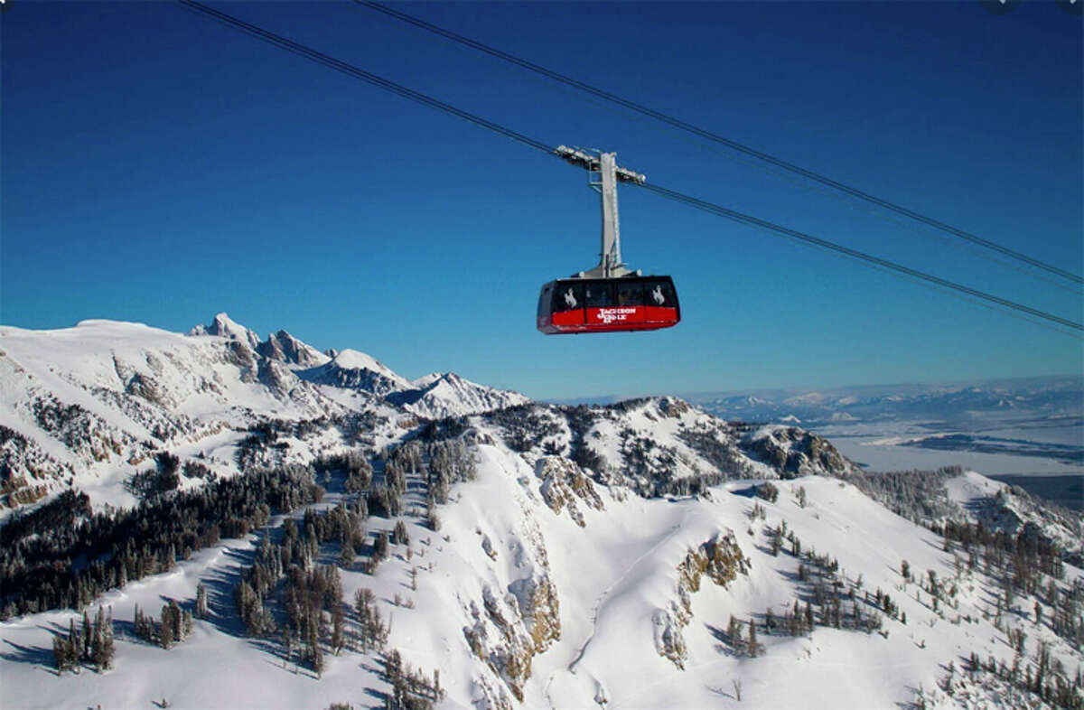 Alaska Airlines will offer winter ski service from San Jose to Wyoming's Jackson Hole.