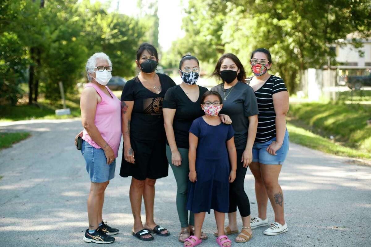 Four generations of Dolores Mendoza's family live within the small neighborhood that flooded during Harvey. Family members gathered Tuesday include her grandmother, Elida Gonzales, left; mother, Michelle Gonzales; herself, Dolores Mendoza; her daughter Brooklynn Mendoza; and sisters Raquelle Torres and Gabrielle Luebano.