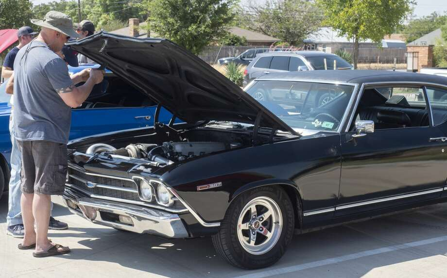 Area car enthusiasts come together 8/29/2020 for a Car Show and Shine, outside Gloria's Diner on Briarwood Ave, to help support local business and show off thier cars. Tim Fischer/Reporter-Telegram Photo: Tim Fischer/Midland Reporter-Telegram