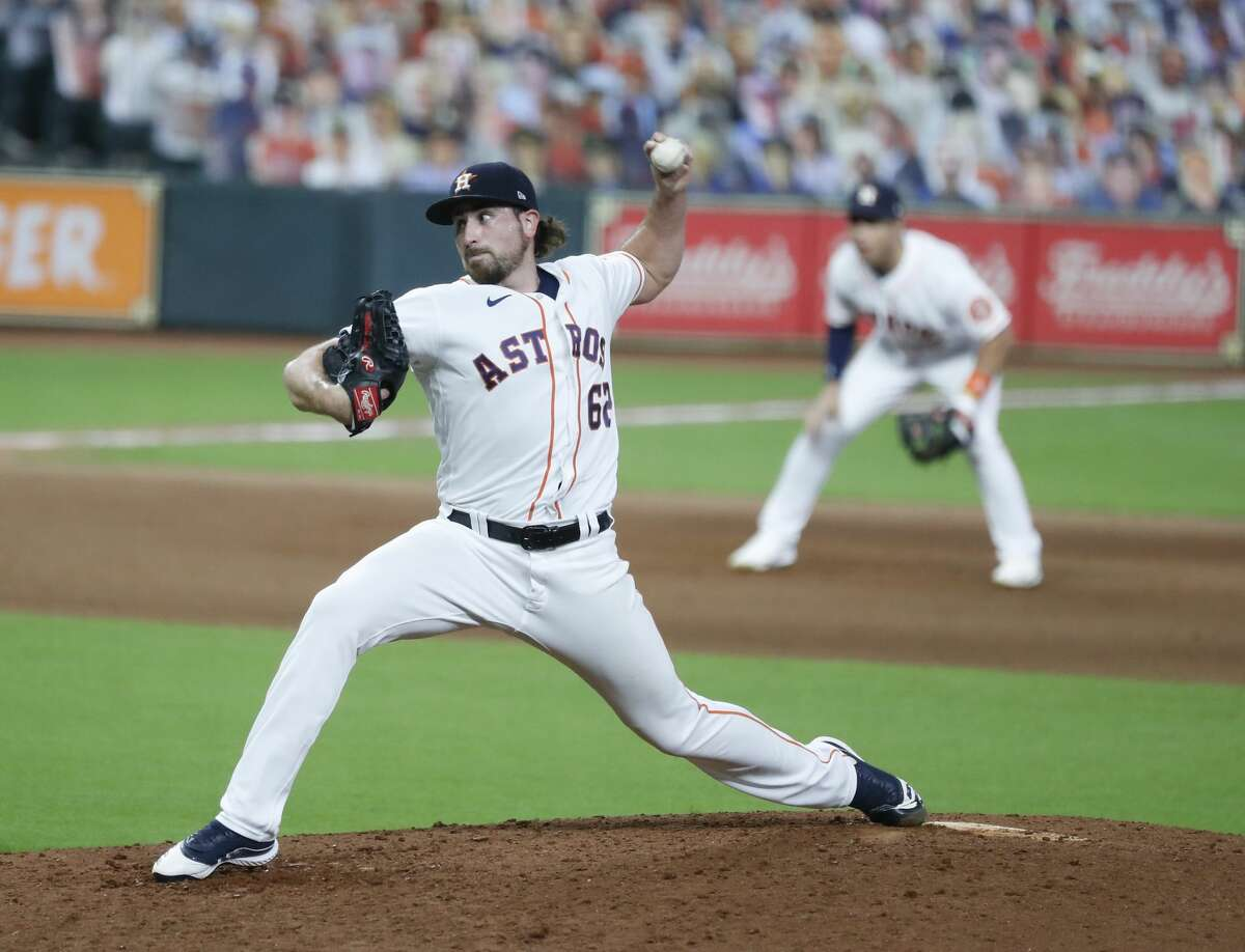 Houston Astros relief pitcher Blake Taylor (62) pitches during the sixth inning of game two of a double header during an MLB baseball game at Minute Maid Park, Saturday, August 29, 2020, in Houston.