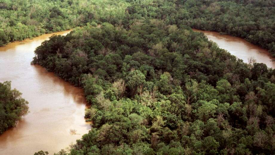 When Hurricane Laura hit the Texas-Louisiana border last week, the water and wind caused something strange to occur— the Neches River started flowing backwards. Photo: Courtesy- USGS