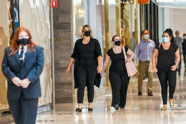Hopeful Bay Area Shoppers Descend On Newly Reopened Indoor Malls Hair Salons Sfchronicle Com