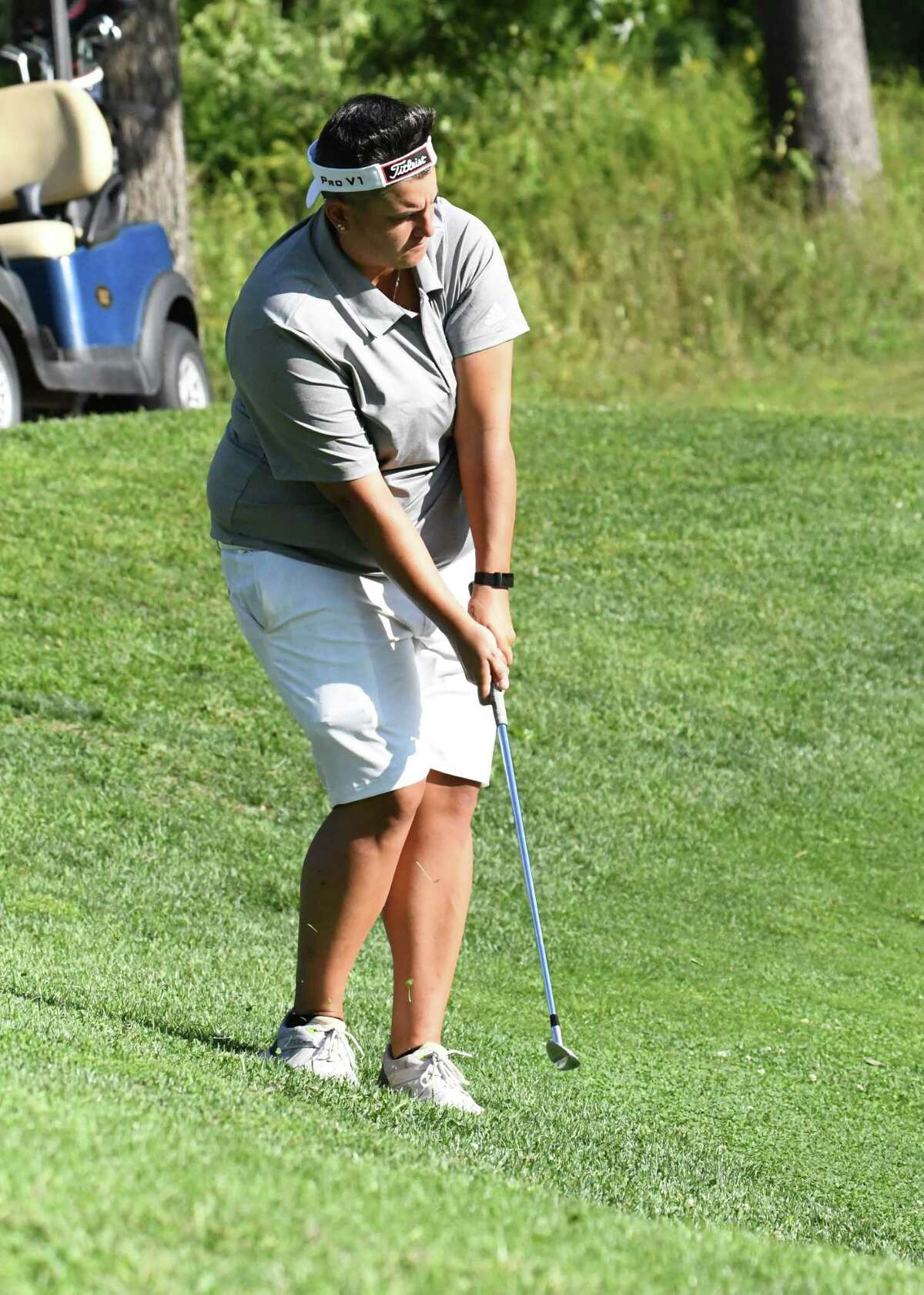Daniella Iacobelli chips on the 18th hole of the CDPHP Pro-Am, a Symetra Tour exhibition tournament at Capital Hills, on Friday, Aug. 28, 2020. She finished with a 3-over 74. (Joyce Bassett / Special to the Times Union)