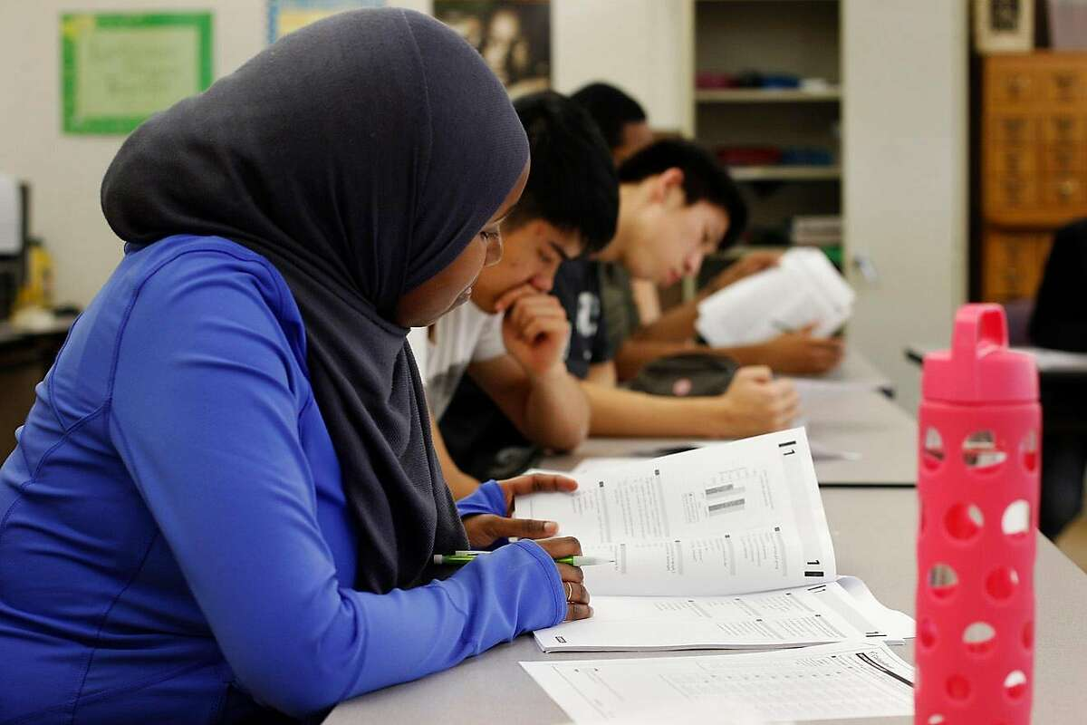 Chalet Rashid takes her practice test during an SAT Prep class held at Berkeley High School in Berkeley, Calif., Thursday, Feb. 11, 2016.On Tuesday, a superior court judge barred the University of California from using the SAT and ACT tests for admissions.