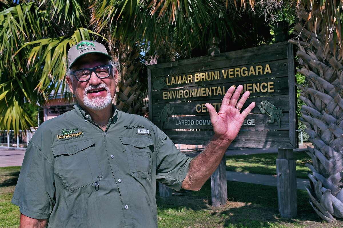 The Lamar Bruni Vergara Environmental Science Center's only executive director since it opened in 1999, Tom Miller will be leaving his post Monday, Aug. 31.