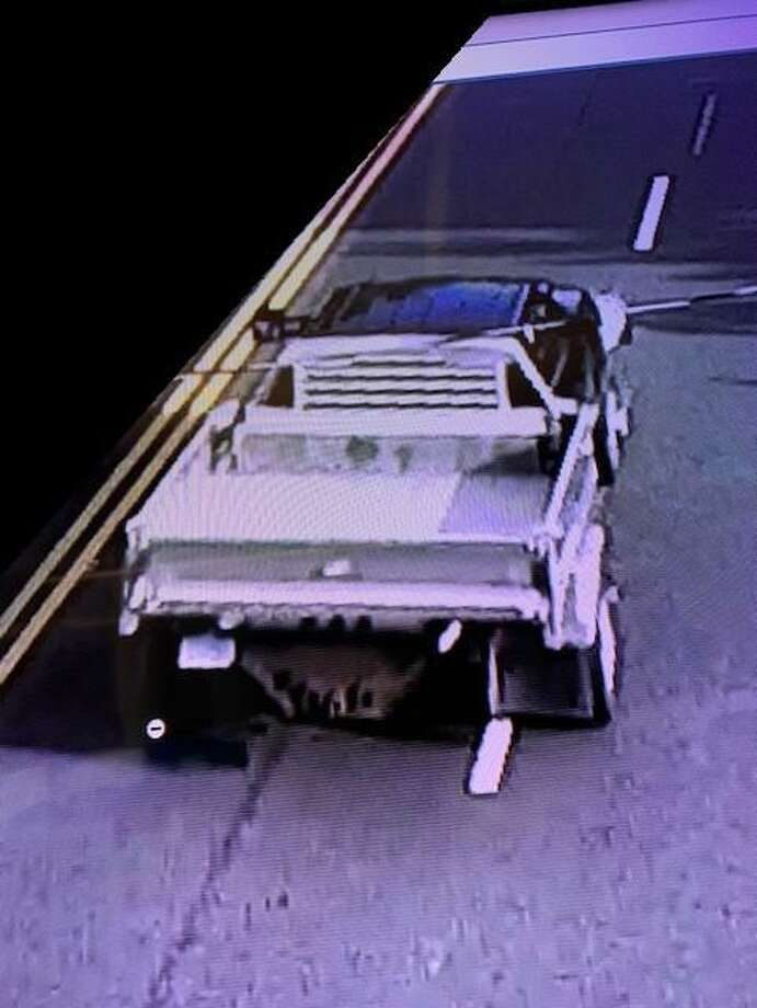 Hamden police released this photo of a truck whose driver allegedly followed a woman before exposing himself to her while driving Monday, Aug. 31. Photo: Contributed / Hamden Police Department