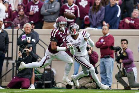 Texas A&M defensive back Elijah Blades, left, is opting out of the season to try and recover from shoulder problems.