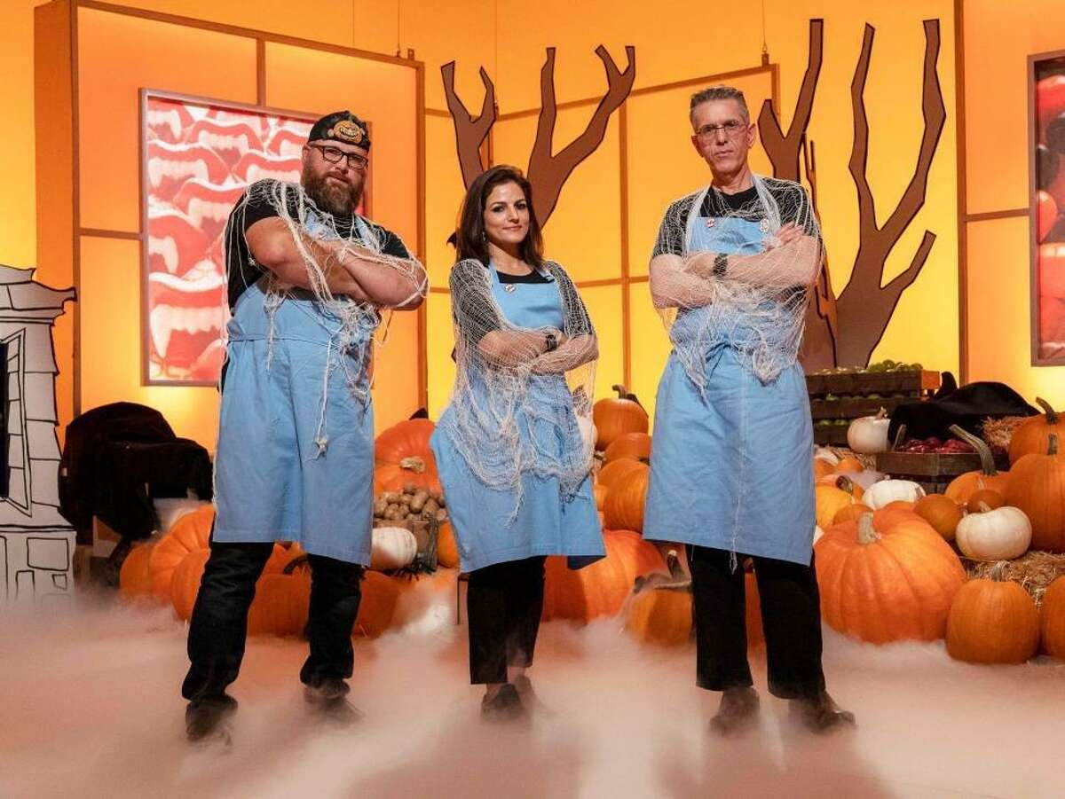 Hemu Basu, a Katy home baker, will be competing in the Food Network's Halloween Wars cake decorating contest.