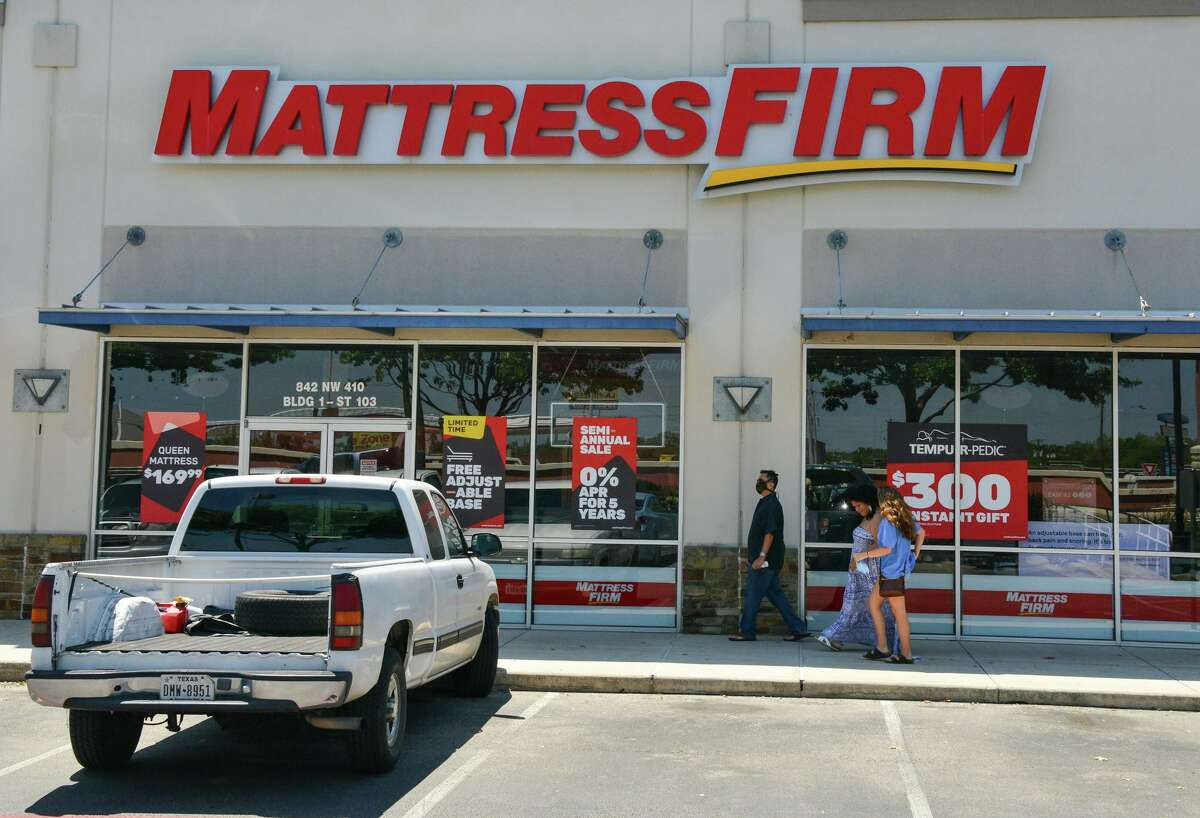A company affiliated with Sterling Organization, a West Palm Beach, Fla., private equity real estate firm that owns Park North Shopping Center at Northwest Loop 410, sued Mattress Firm for allegedly not paying rent.