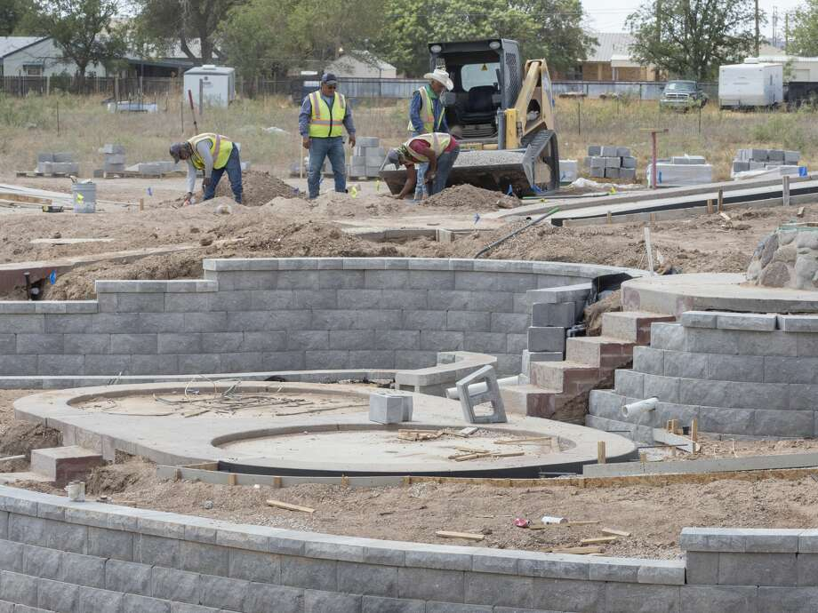 Work continues 09/02/2020 at the new and improved Green Acres Miniature Golf off Hwy 80 and Todd Road. Tim Fischer/Reporter-Telegram Photo: Tim Fischer/Midland Reporter-Telegram