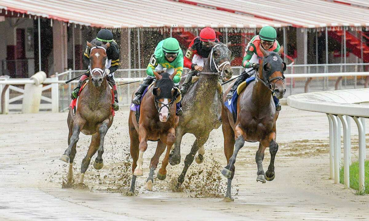 Horses enter the first turn of the seventh race on Wednesday, Sept. 2, 2020, at Saratoga Race Course in Saratoga Springs, N.Y. (Mike Kane/Special to the Times Union)