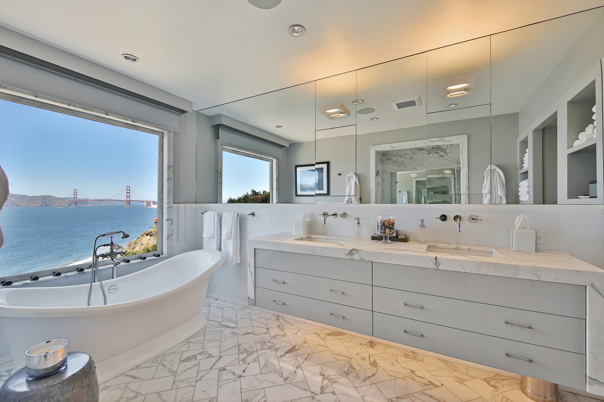 Bathing with a view of the Golden Gate Bridge.