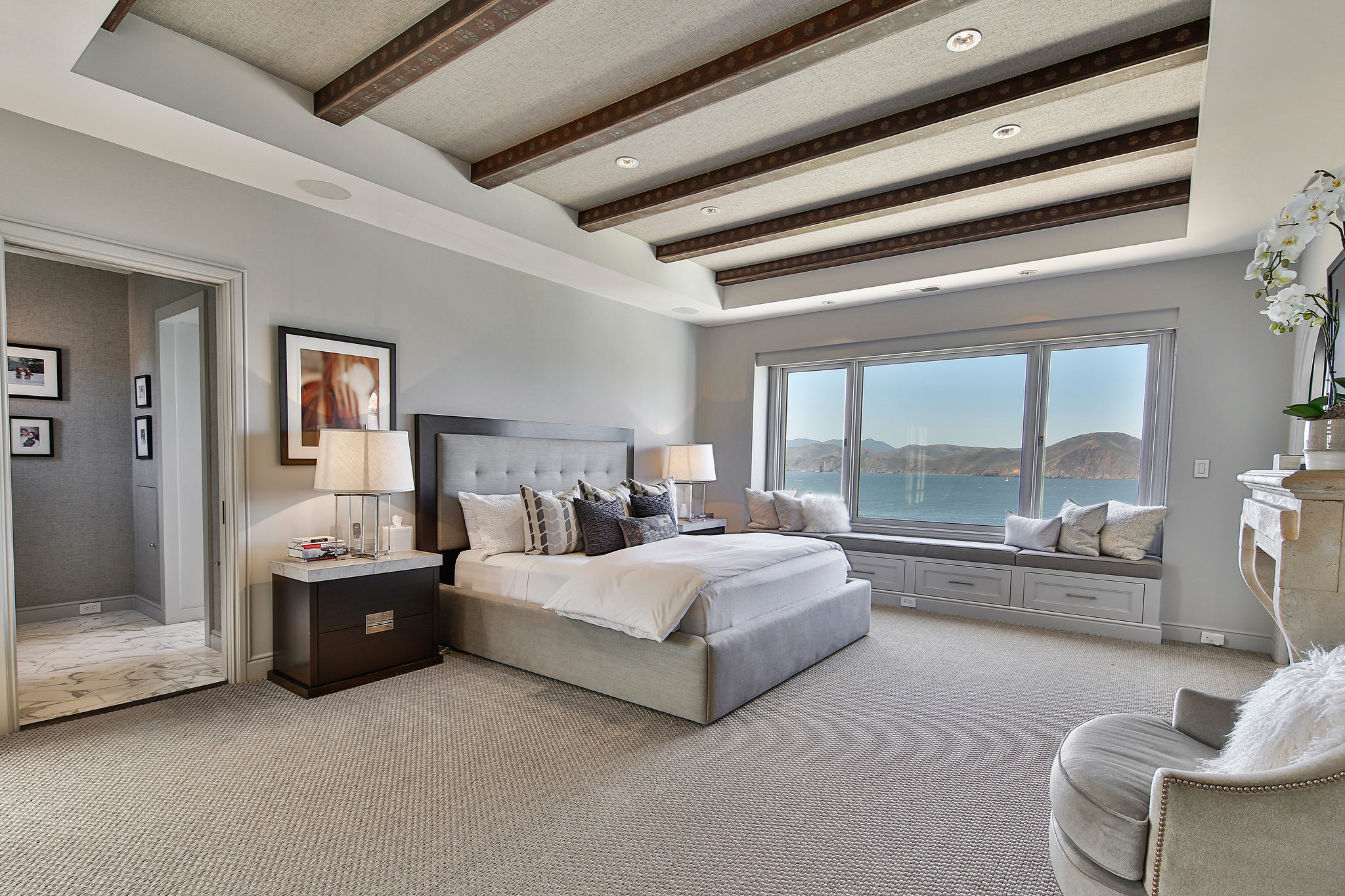 A bedroom suite with an incredible view.