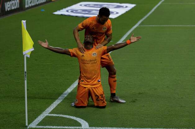 Houston Dynamo forward Darwin Quintero (23) celebrates his goal at the 28th minutes of a MLS match against the Minnesota United Wednesday, Sept. 2, 2020, at BBVA Stadium in Houston. Photo: Yi-Chin Lee, Staff Photographer / © 2020 Houston Chronicle