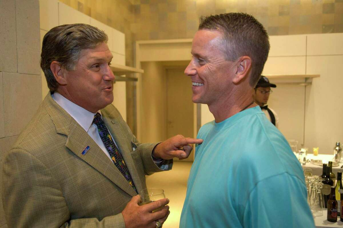 """New York Mets Hall of Fame pitcher Tom Seaver, left, talks with then-current Mets pitcher Tom Glavine at Richards in Greenwich, June 21, 2007, while attending the Mets Foundation """"Teammates in the Community"""" fundraiser."""
