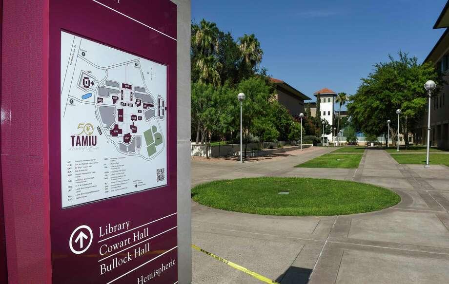 La fotografía muestra el campus vacío de el jueves 11 de junio de 2020. Photo: Danny Zaragoza /Laredo Morning Times