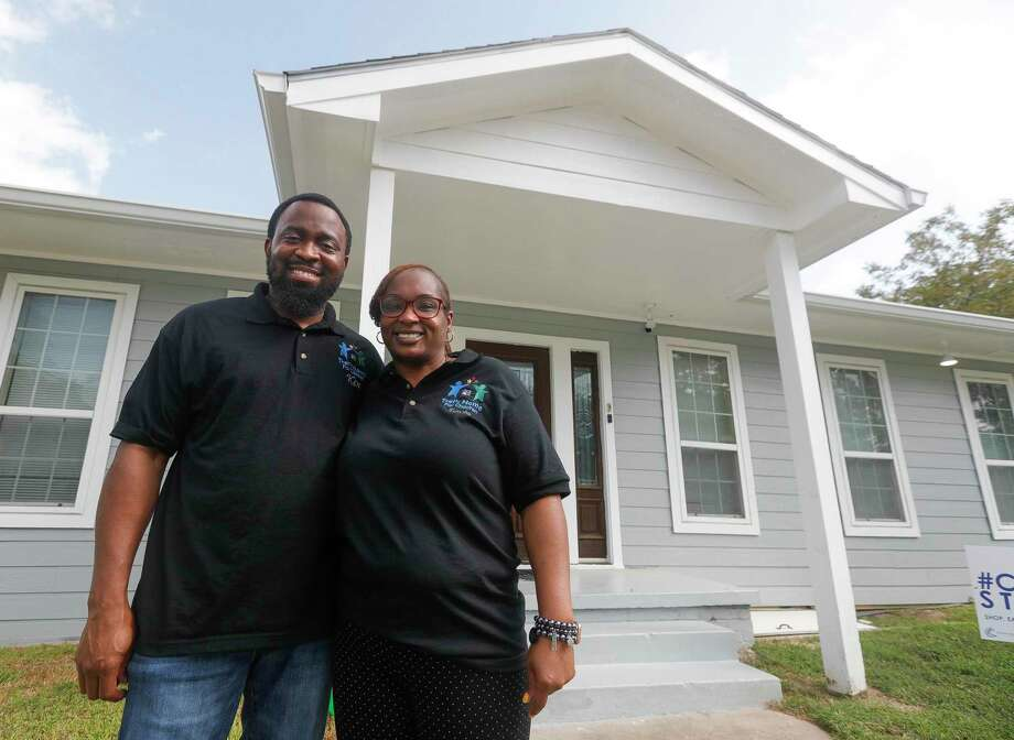Kenneth and Taneshu Collier pose for a photo outside at Trels Home for Children, Tuesday, Sept. 1, 2020, in Conroe. The home for foster children set up by the Colliers can house up to 11 youth. Photo: Jason Fochtman, Houston Chronicle / Staff Photographer / 2020 © Houston Chronicle