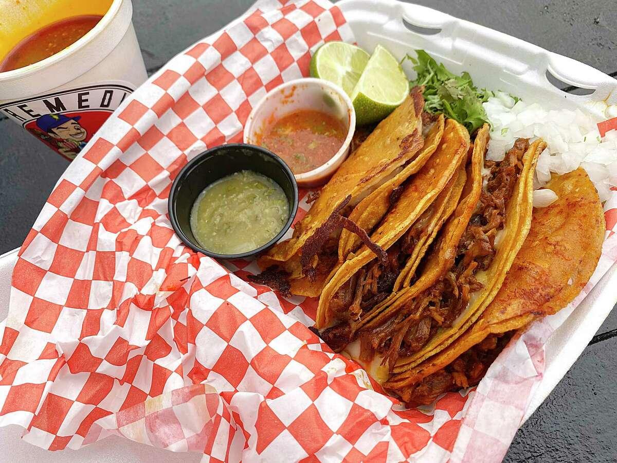El Remedio, a chain of San Antonio birria and mariscos food trucks, is heading to Alamo Ranch.