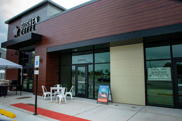 Tucked in next to Goshen Coffee on Trace on the Parkway is the future home of Rocket Bowls, which offers bowls of protein infused with global flavors, sandwiches, burritos and sides.