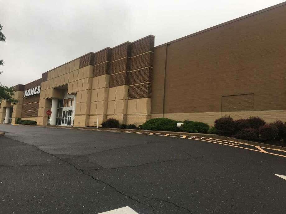The Kohl's on 290 Tunxis Hill Rd. in Fairfield is closing on Oct. 17. Photo: Bruce Wettenstein / Vidal /Wettenstein LLC