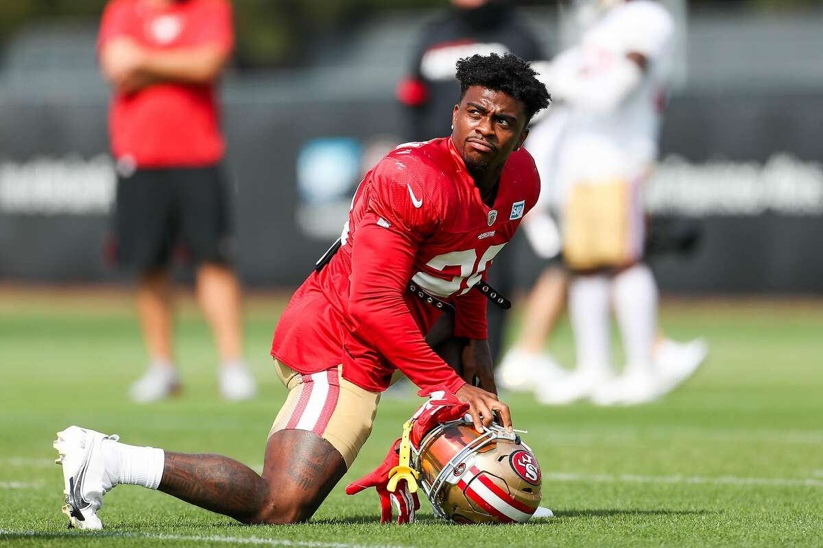 SANTA CLARA - AUGUST 26: San Francisco 49ers' Jerick McKinnon (28) stretches out during practice at Levi's Stadium in Santa Clara, Calif., on Wednesday, Aug. 26, 2020. (Randy Vazquez/ Bay Area News Group)