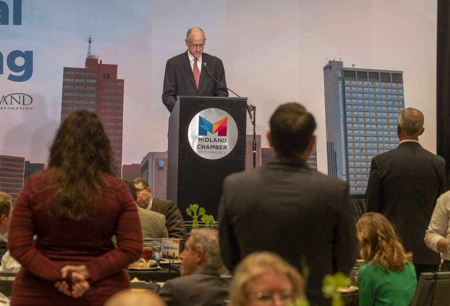 U.S. Rep Mike Conaway installs the new Chamber Board members, from their tables, 09/03/2020 during the Chamber of Commerce 2020 Annual meeting at the Bush Convention Center. Tim Fischer/Reporter-Telegram Photo: Tim Fischer/Midland Reporter-Telegram