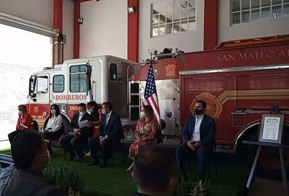 A virtual ceremony was held Wednesday for Laredo's donation of a fire truck to San Mateo Atenco. Photo: Screencap