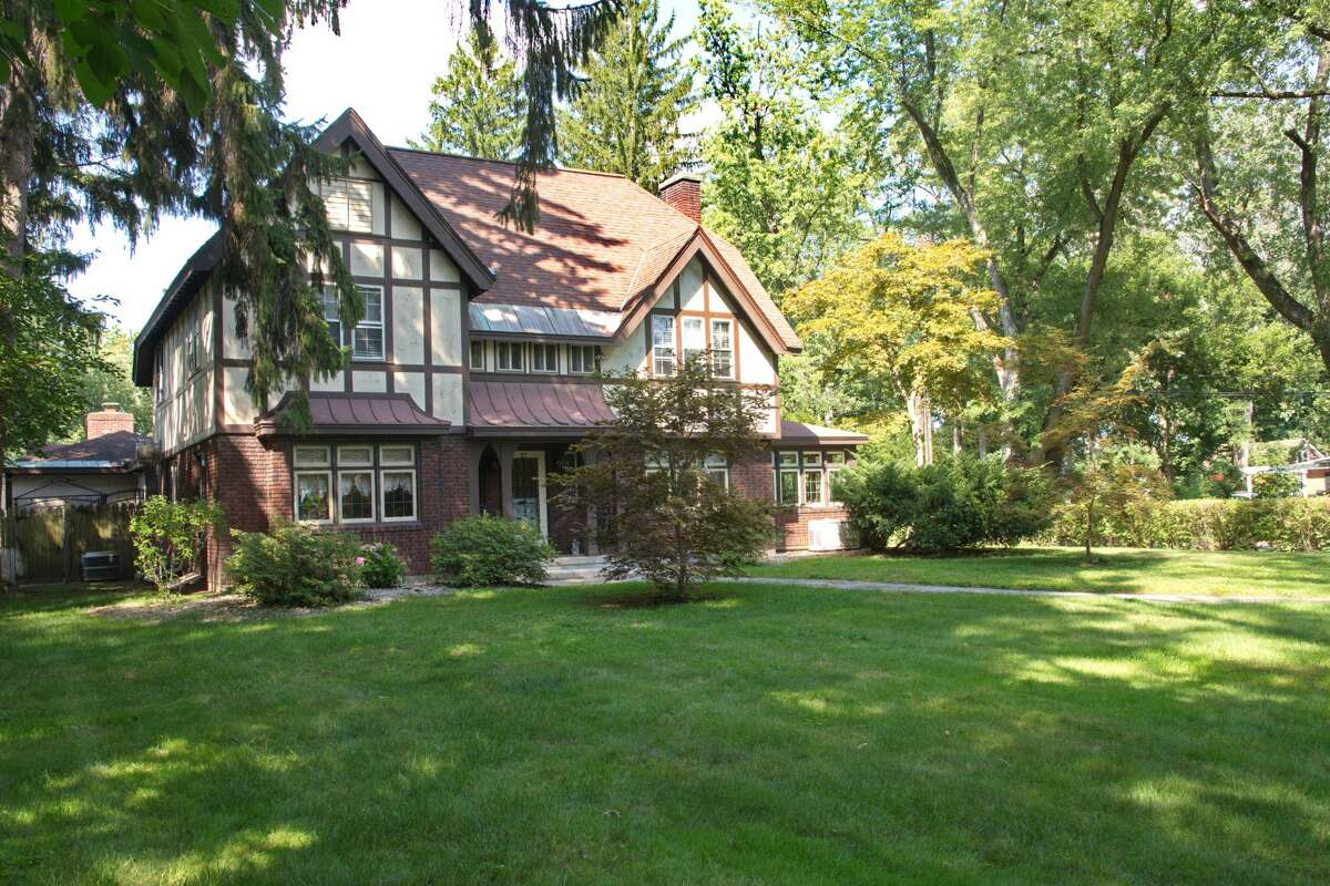 Grand Tudor at 27 Sunnyside Road, Scotia. Four bedrooms, three and a half baths. Listing agent: Sheri Pennartz of Berkshire Hathaway HomeServices 518-894-8994 https://realestate.timesunion.com/listings/27-Sunnyside-Rd-Scotia-NY-12302-MLS-202026385/44010028