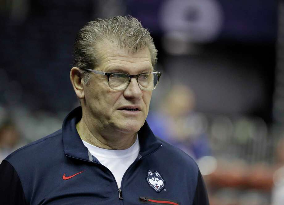 Connecticut head coach Geno Auriemma Photo: Darron Cummings / AP / Copyright 2018 The Associated Press. All rights reserved.