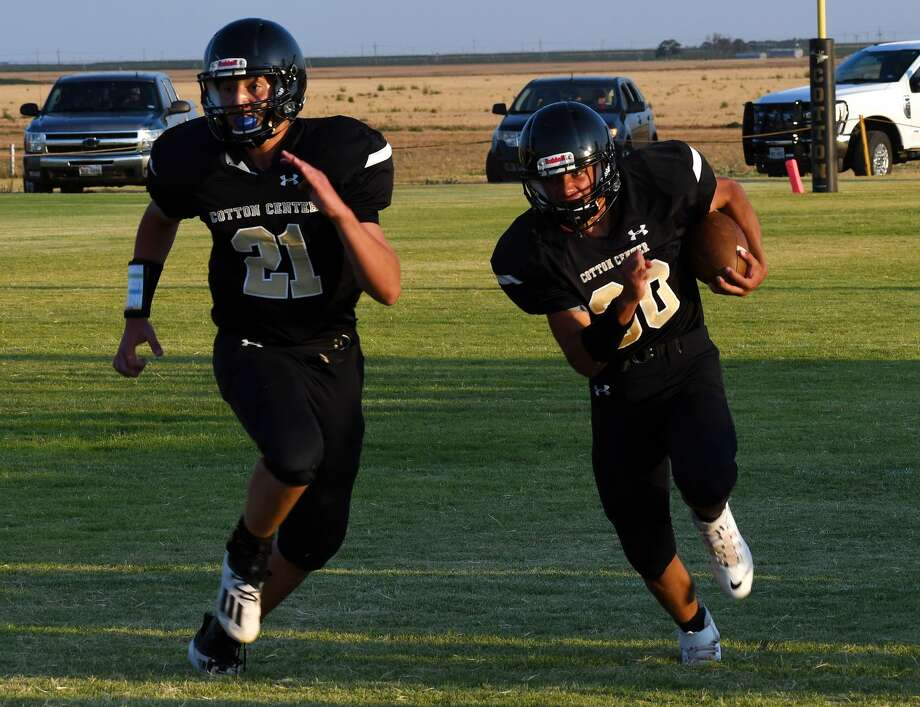 Cotton Center's Zeke Saenz looks to block for ball carrier Bronson Alvarado during the Elks' 49-44 win over Southland in Cotton Center on Thursday, Aug. 27. Photo: Nathan Giese/Planview Herald