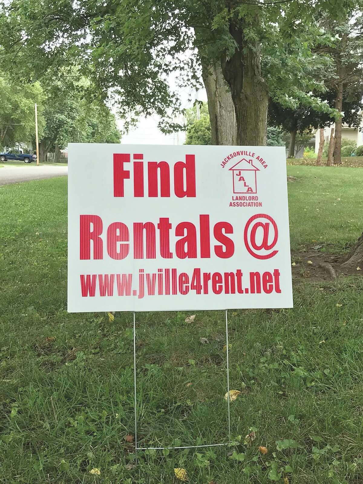 A jville4rent sign advertises a rental property on South Diamond Street in Jacksonville.