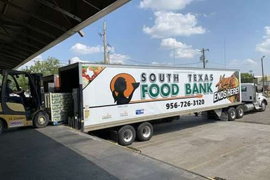The South Texas Food Bank donated two truck fulls of food to Southeast Texas to support the victims of Hurricane Laura in the region Photo: Isaac Windes / South Texas Food Bank