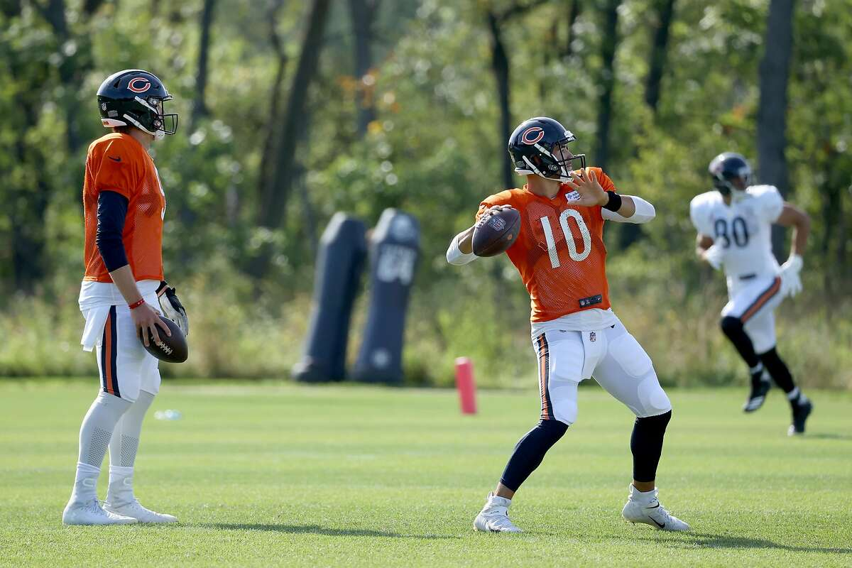 LAKE FOREST, ILLINOIS - SEPTEMBER 02: Mitchell Trubisky #10 of the Chicago Bears throws a pass during training camp at Halas Hall on September 02, 2020 in Lake Forest, Illinois. (Photo by Dylan Buell/Getty Images)