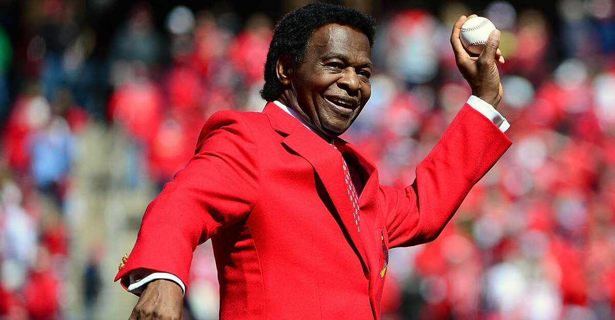 St. Louis Cardinals hall of famer Lou Brock throws out a first pitch before the Cardinals home opener against the Milwaukee Brewers at Busch Stadium on April 11, 2016 in St. Louis, Missouri. (Photo by Jeff Curry/Getty Images)